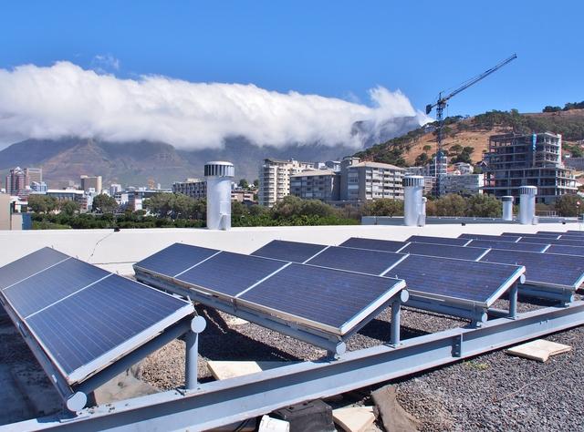 太陽光発電設備と自家消費・逆潮流とは