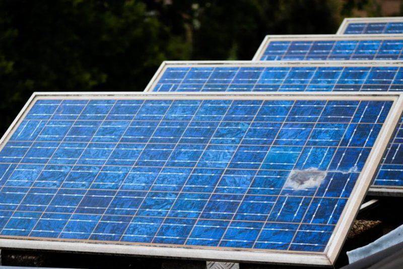 「自家消費型太陽光発電設備の出火リスクは?押さえておきたい火災のこと」